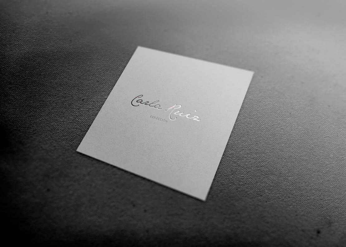 diseño de logotipo minimalista y neutro para marca de ropa