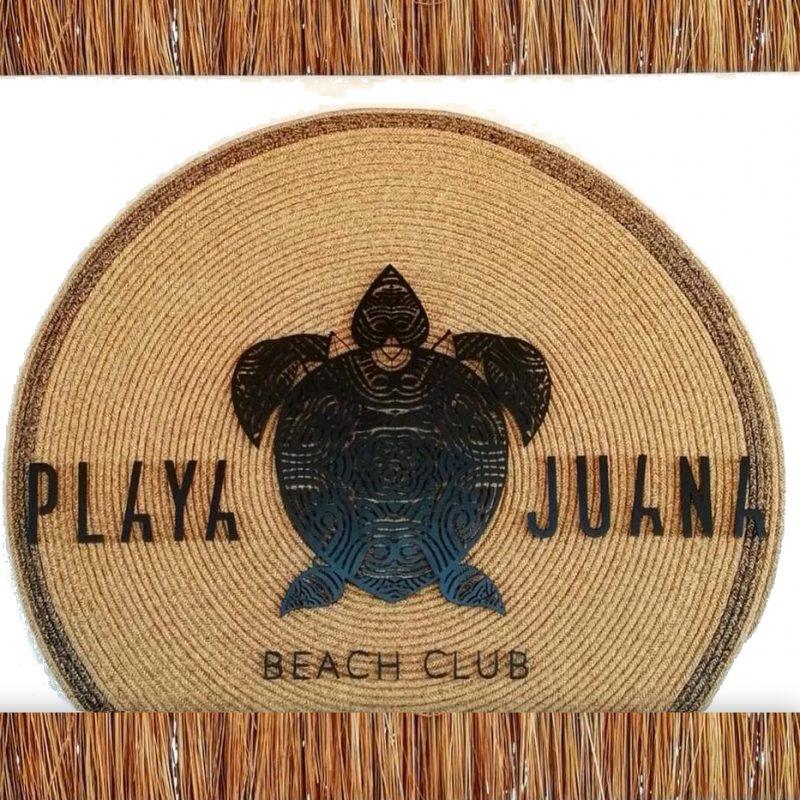 diseño de logotipo aplicado en formato original